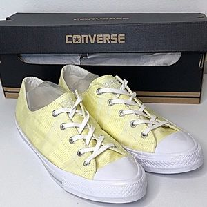 CONVERSE Chuck Taylor Sneakers Rare Yellow Low Top